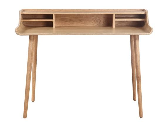 Schreibtisch design  Retro-Design Schreibtisch mit Holzbeinen Eiche Malin » SalesFever ...