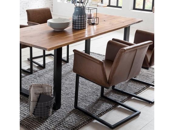 essgruppe mit baumkante tisch 180x90 cm cognac schwarz akazie massiv und st hle gaia hellbraun. Black Bedroom Furniture Sets. Home Design Ideas