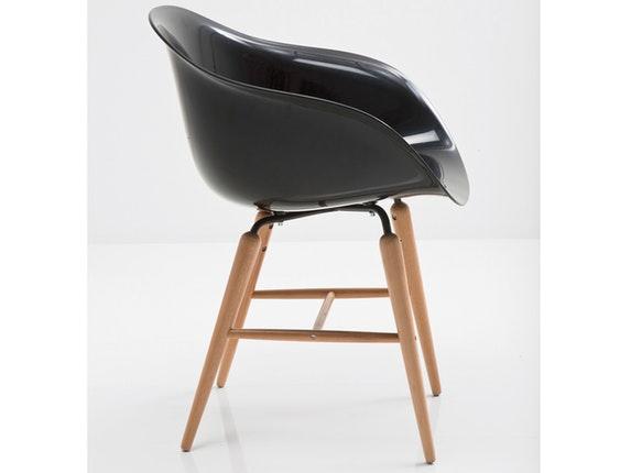 Stuhl forum wood mit holzbeinen schwarz kare design for Stuhl kare design