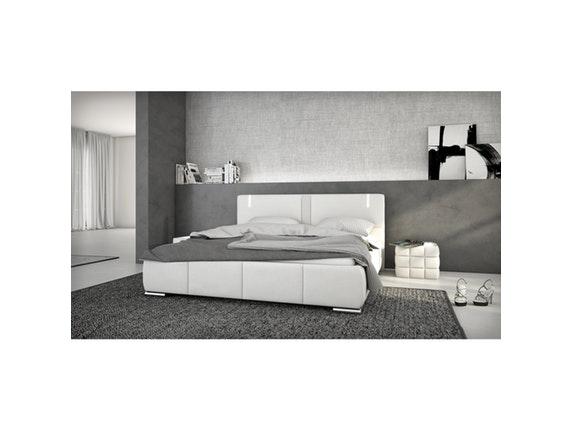 polsterbett ricci 180x200cm led und lautsprecher boxspringmatratze mit topper innocent. Black Bedroom Furniture Sets. Home Design Ideas