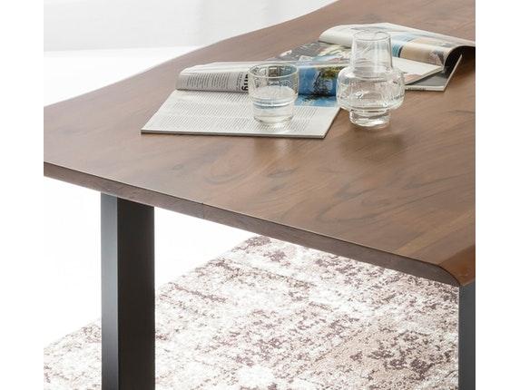 esstisch baumkante massiv akazie nussbaum tischbeine. Black Bedroom Furniture Sets. Home Design Ideas