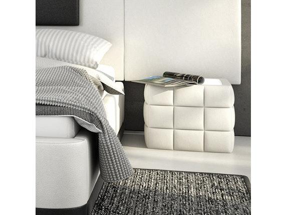nachttisch cobo gesteppt led. Black Bedroom Furniture Sets. Home Design Ideas
