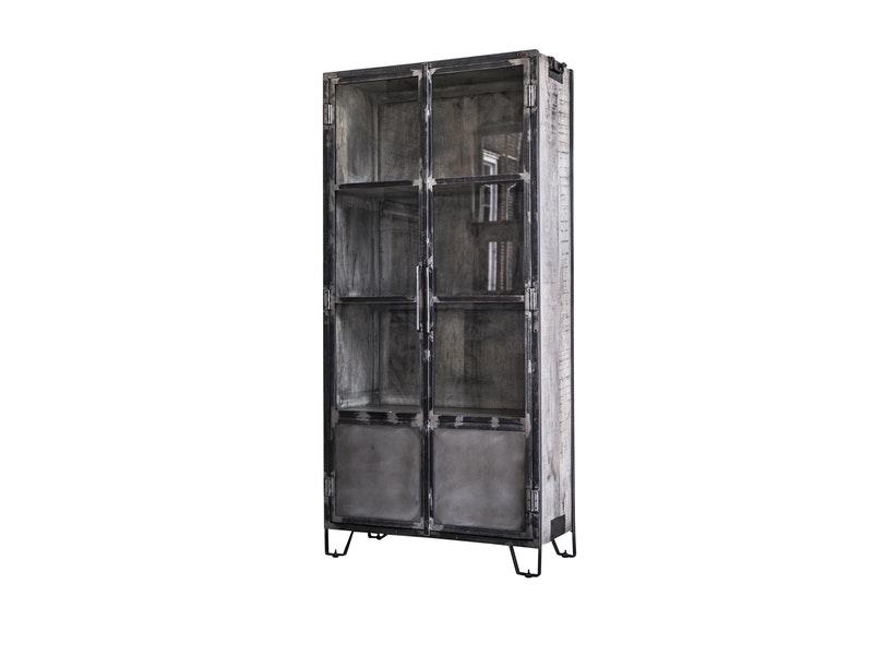 SalesFever® Vitrine Rifto mit 2 Türen aus Mangoholz Livian