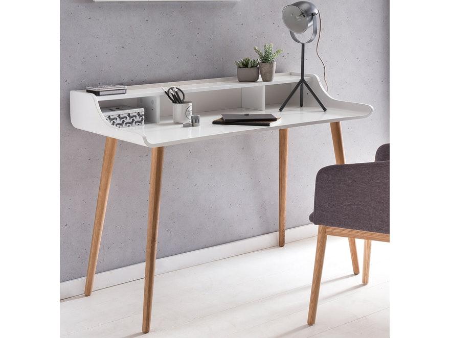 retro design schreibtisch mit holzbeinen wei malin salesfever. Black Bedroom Furniture Sets. Home Design Ideas