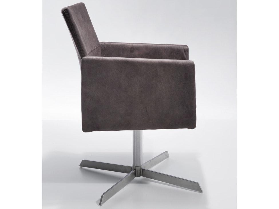 Drehbarer stuhl simple gharieni stuhl mit sattelsitz cm for Stuhl drehbar esszimmer