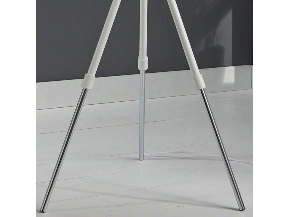 3 bein stehlampe schwarz silber with 3 bein stehlampe best moderne designer bein stehlampe. Black Bedroom Furniture Sets. Home Design Ideas