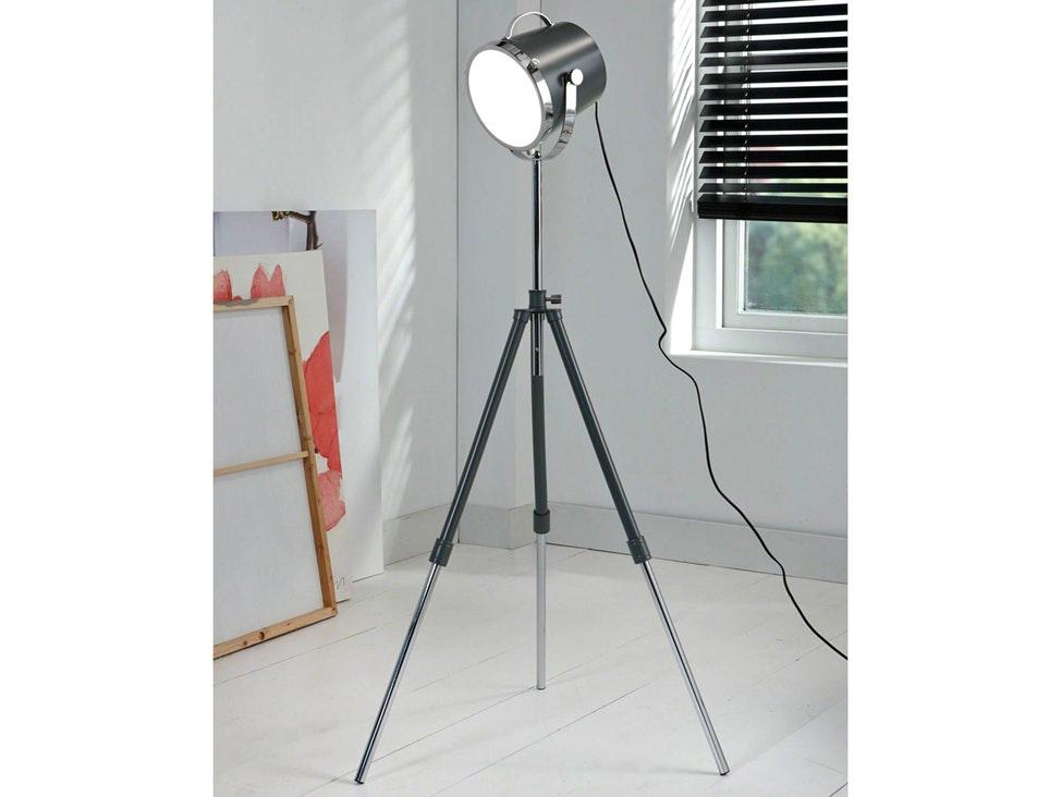 stehlampe 3 beine best design with stehlampe 3 beine stunning vidaxl stehlampe stehleuchte. Black Bedroom Furniture Sets. Home Design Ideas